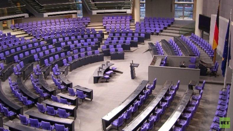 Live: Bundestagsdebatte zu Linken-Antrag: NATO durch kollektives System mit Russland ersetzen