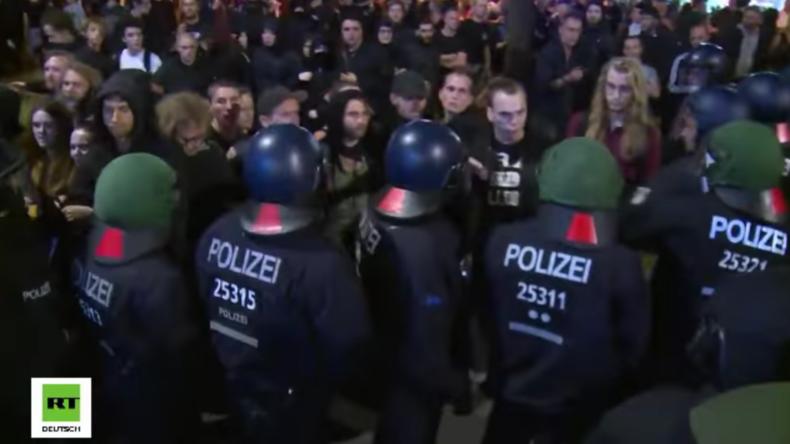 """Nach Rigaer-Protest in Berlin 123 Polizisten verletzt: """"Wir werden Berlin weiter ins Chaos stürzen!"""""""