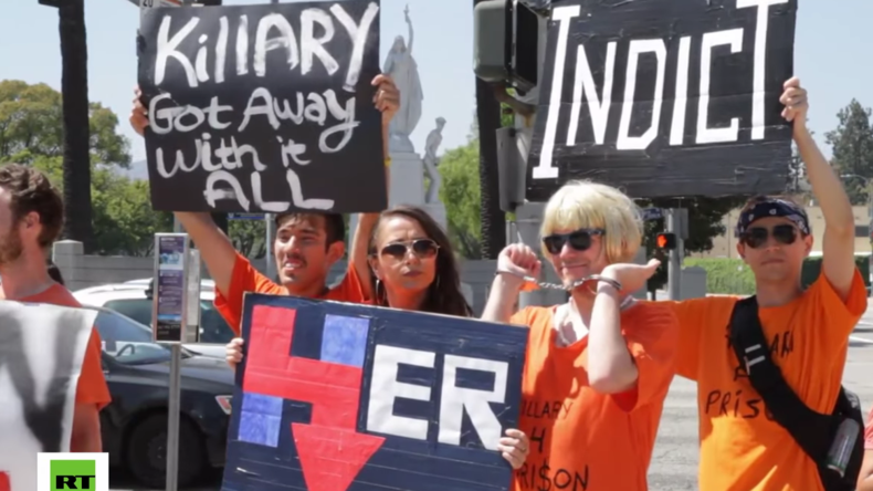 "USA: ""Hillary Clinton ins Gefängnis!"" - Protest gegen US-Präsidentschaftskandidatin"
