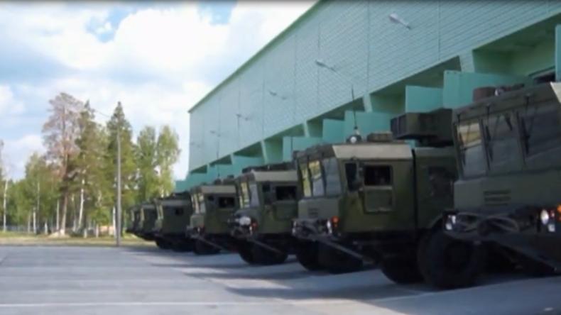 Russland testet Raketenregimente: Ballistische Raketen bei massiver Militär-Übung im Einsatz