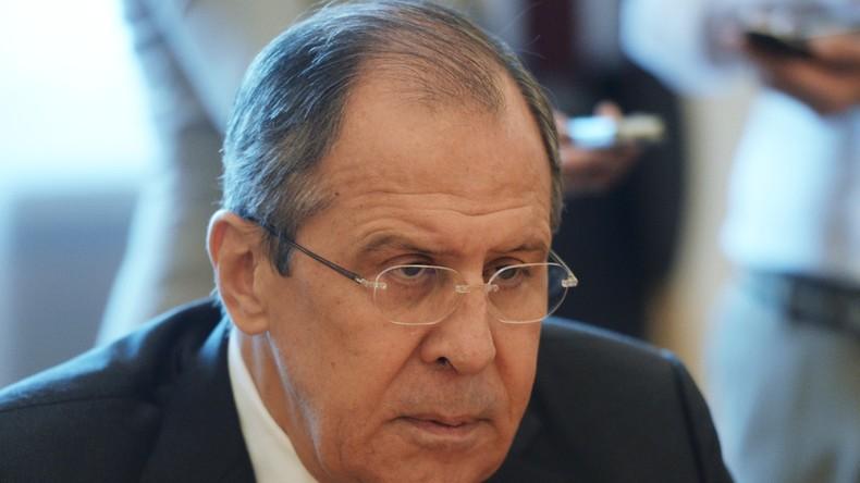 Lawrow: Russland über Untätigkeit des UN-Sondergesandten für innersyrische Verhandlungen besorgt