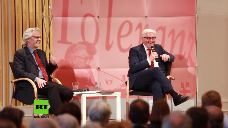 """RT fragt Außenminister Steinmeier nach Medienecho auf seine Kritik am """"Säbelrasseln der NATO"""""""