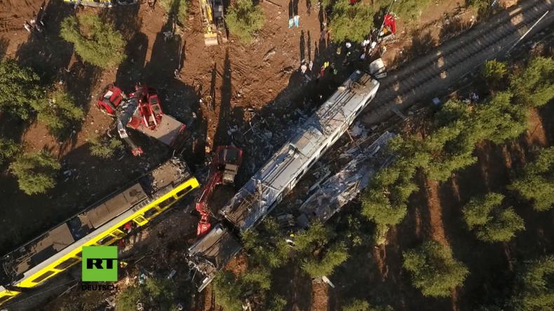 Drohne filmt Ort der tödlichen Zug-Kollision in Italien