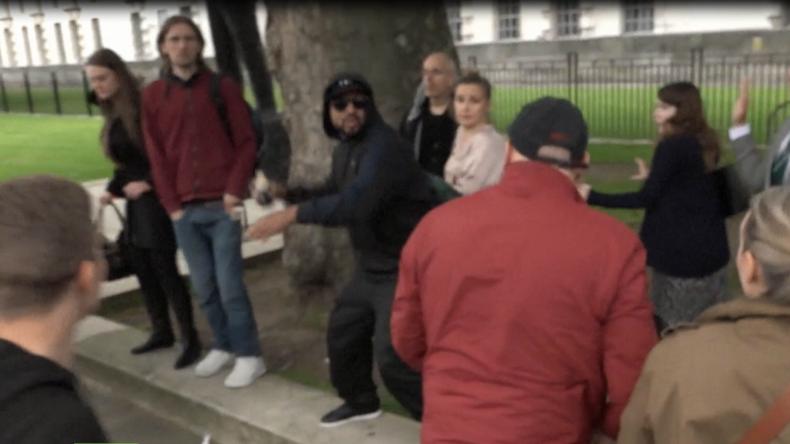 London: Aufgeheizte Stimmung und Rangeleien in London zwischen Gegnern und Befürwortern des Brexits