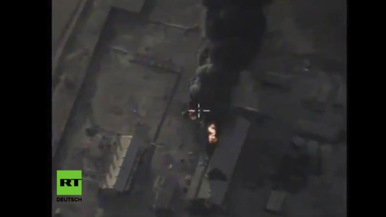 Russland greift mit Tu-22M3-Bombern neu entdeckte Objekte des IS im Osten von Palmyra an