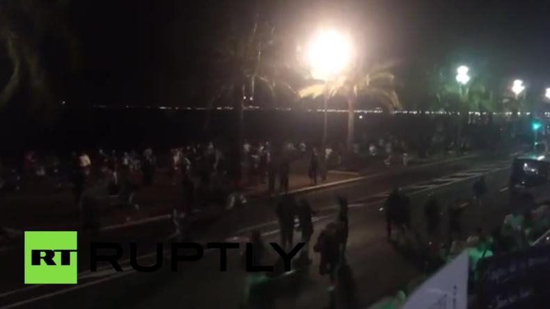 Terrorattacke in Nizza: LKW rast in Menschenmenge und hinterlässt unzählige Tote