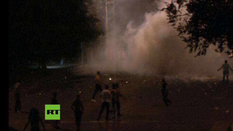 Armenien: Mindestens 45 Verletzte nach schweren Zusammenstößen wegen Geiseldrama in Jerewan