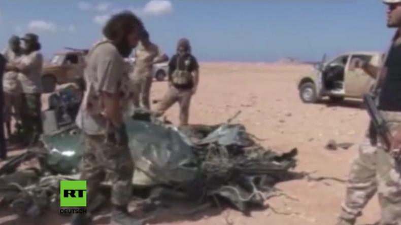 Hubschrauber-Abschuss lässt französische Militär-Operationen in Libyen auffliegen