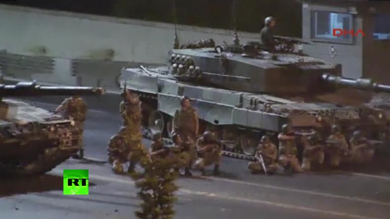 Bosporus-Brücke: Überwachungskameraaufnahme zeigt tödliche Zusammenstöße beim Putschversuch