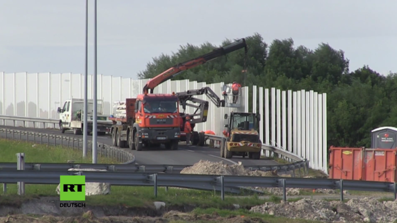 Nach dem Brexit: Großbritannien befürchtet Flüchtlingsansturm – Am Eurotunnel wird Grenzzaun gebaut