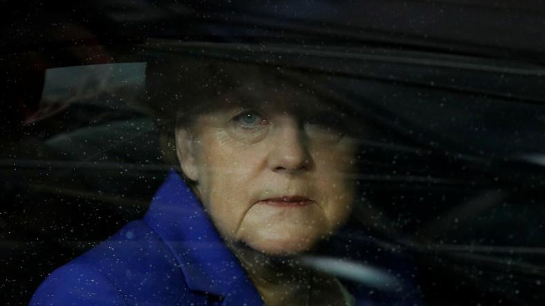"""""""Merkel muss weg""""-Forderungen nach Anschlagsserie in Deutschland"""