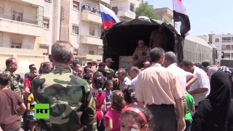 Syrien: Russische Armee liefert humanitäre Hilfe in Hama aus