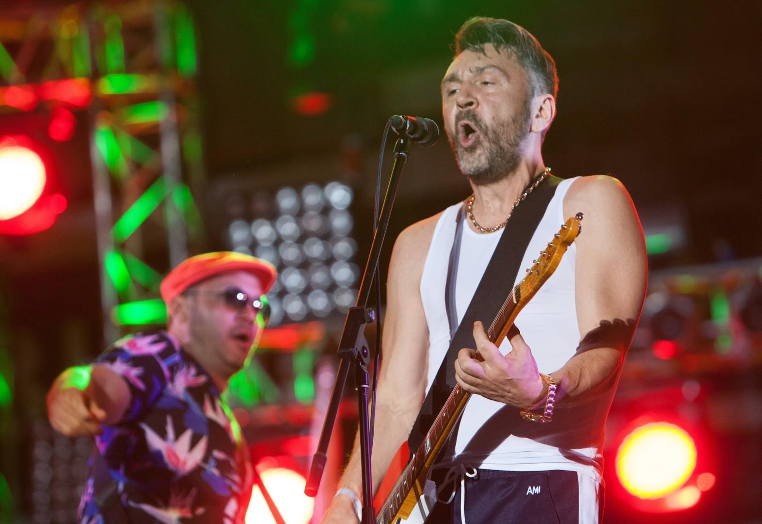 Der Frontmann der Band Leningrad, Sergej Schnurow, auf dem Naschestwije-2016 Festival.