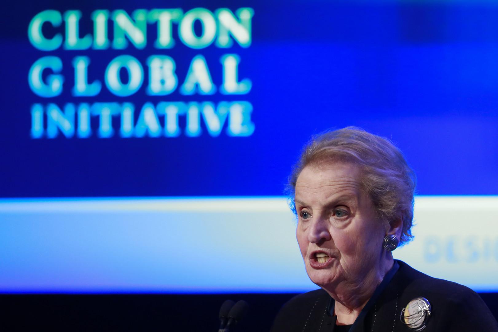 Madeleine Albright, ehemalige Außenministerin, auf dem zweiten Gipfel der Clinton Global Initiative in New York, September 2012. Nach ihren plötzlichen Ausscheiden aus dem Amt im Januar 2012 kümmerte sich die Ex-Außenministerin vor allem um ihre Stiftung.