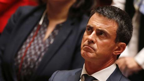 Der französische Premierminister Manuel Valls entmachtete gestern das Parlament.