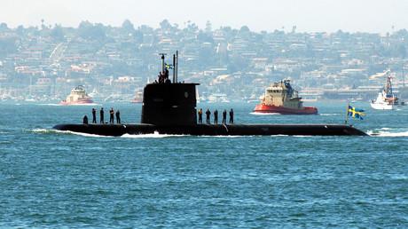 Dieses schwedische U-Boot heißt nach der Insel Gotland und symbolisiert die Probleme, die das Land mit den Russen hat: Immer wenn das Militär eine engere Bindung an die NATO will, tauchen unidentifizierte U-Boote in den Medien auf.
