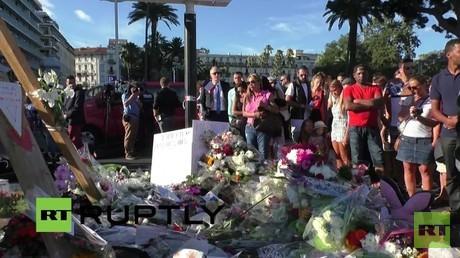 Live aus Nizza von der 'Promenade des Anglais' einen Tag nach Terroranschlag