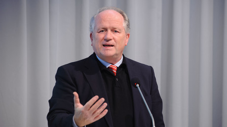 Heiner Flassbeck, Foto: Stephan Röhl, CC BY-SA 2.0 (https://creativecommons.org/licenses/by-sa/2.0/)