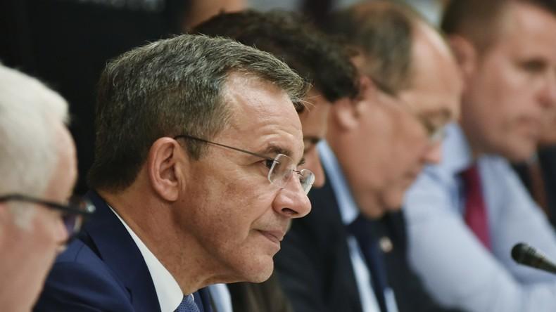 Nach Krimbesuch: Französischer Parlamentarier weist ukrainischen Journalisten zurecht