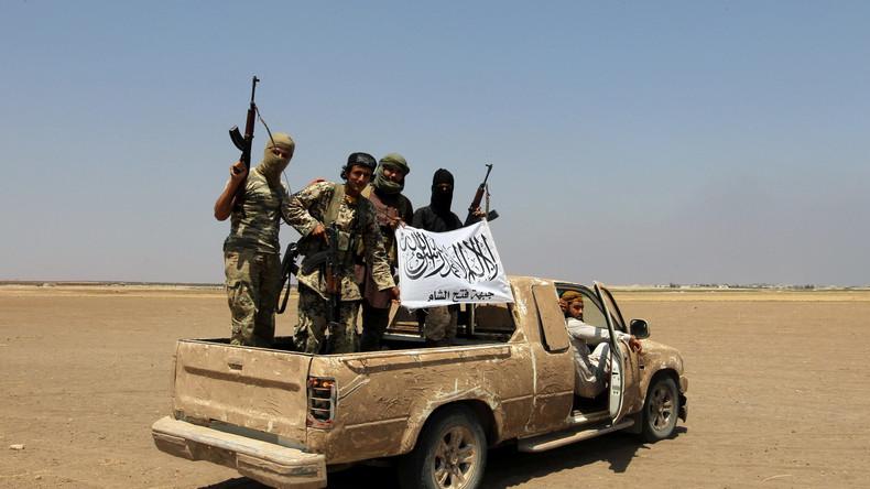 """Als """"Moderate Rebellen"""" bezeichnen die USA teils äußerst dubiose Gruppen in Syrien."""