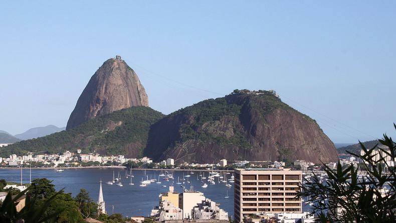 Live: Olympische Fackel kommt am Zuckerhut in Rio an