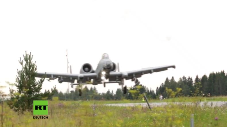 NATO im Baltikum: US-Erdkampfjets landen auf Autobahnen in Estland