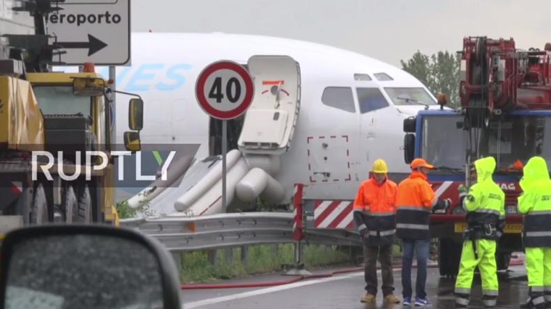Live vom Bergamo Flughafen in Italien nach missglückter Landung einer Boing-737 von DHL