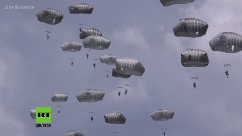 """""""In 18 Stunden können wir überall sein"""" - Massives Fallschirmjäger-Training der US-Armee in Italien"""
