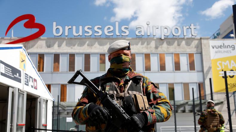 Staatsanwaltschaft gibt Entwarnung nach Bombenalarm am Flughafen in Brüssel