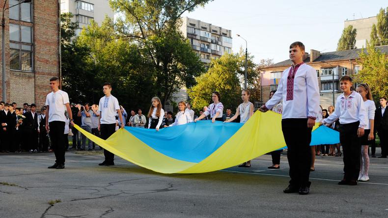 """""""Kriege Sowjetrusslands gegen die Ukraine"""" - Kiew schreibt Geschichtslehrbücher für Oberstufe um"""