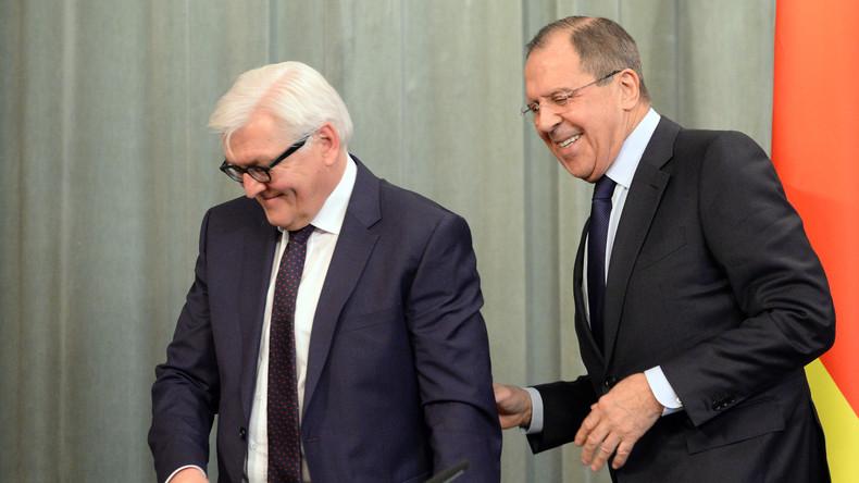 """Live: """"Deutsch-russische Beziehungen"""" - Steinmeier und Lawrow eröffnen Sommerschule in Jekaterinburg"""