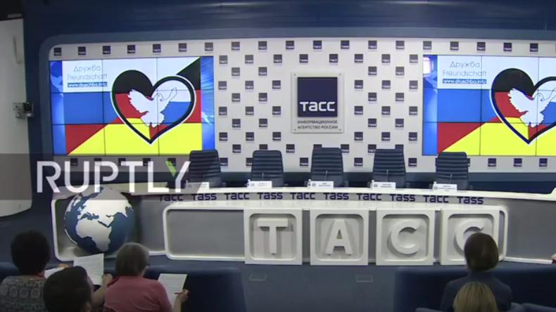 Live: Friedensfahrt aus Berlin erreicht Moskau – Organisatoren geben Pressekonferenz