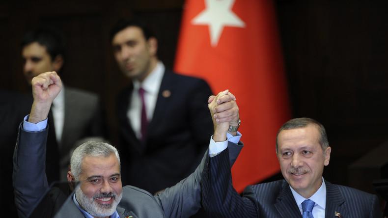 Erdoğan und der umstrittene Hamas-Führer Ismail Haniyya, 2012.