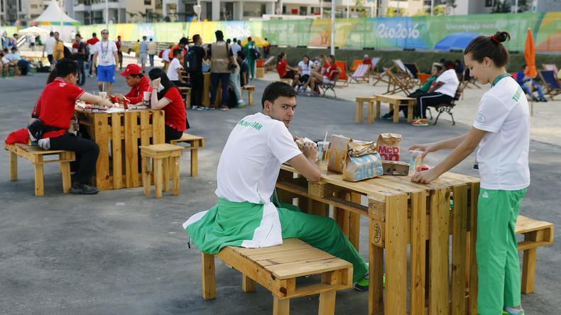 Turkmenische Athleten im Olympischen Dorf in Rio de Janeiro