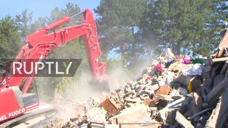 Live aus Amatrice nach dem tödlichen Erdbeben in Italien mit mindestens 247 Toten