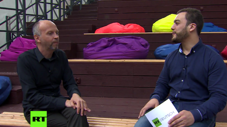 Esperanza Festival Moskau: Regisseur Veit Helmer im RT Deutsch-Interview