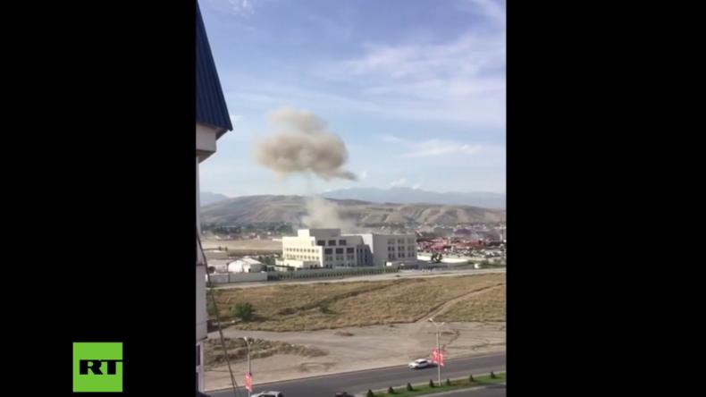 Kirgistan: Autobomben-Anschlag auf chinesischem Botschaftsgelände – Ein Toter und drei Verletzte