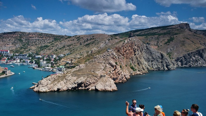 Neue Tourismusdaten 2016: Ausländer reisen dreimal öfter auf die Krim