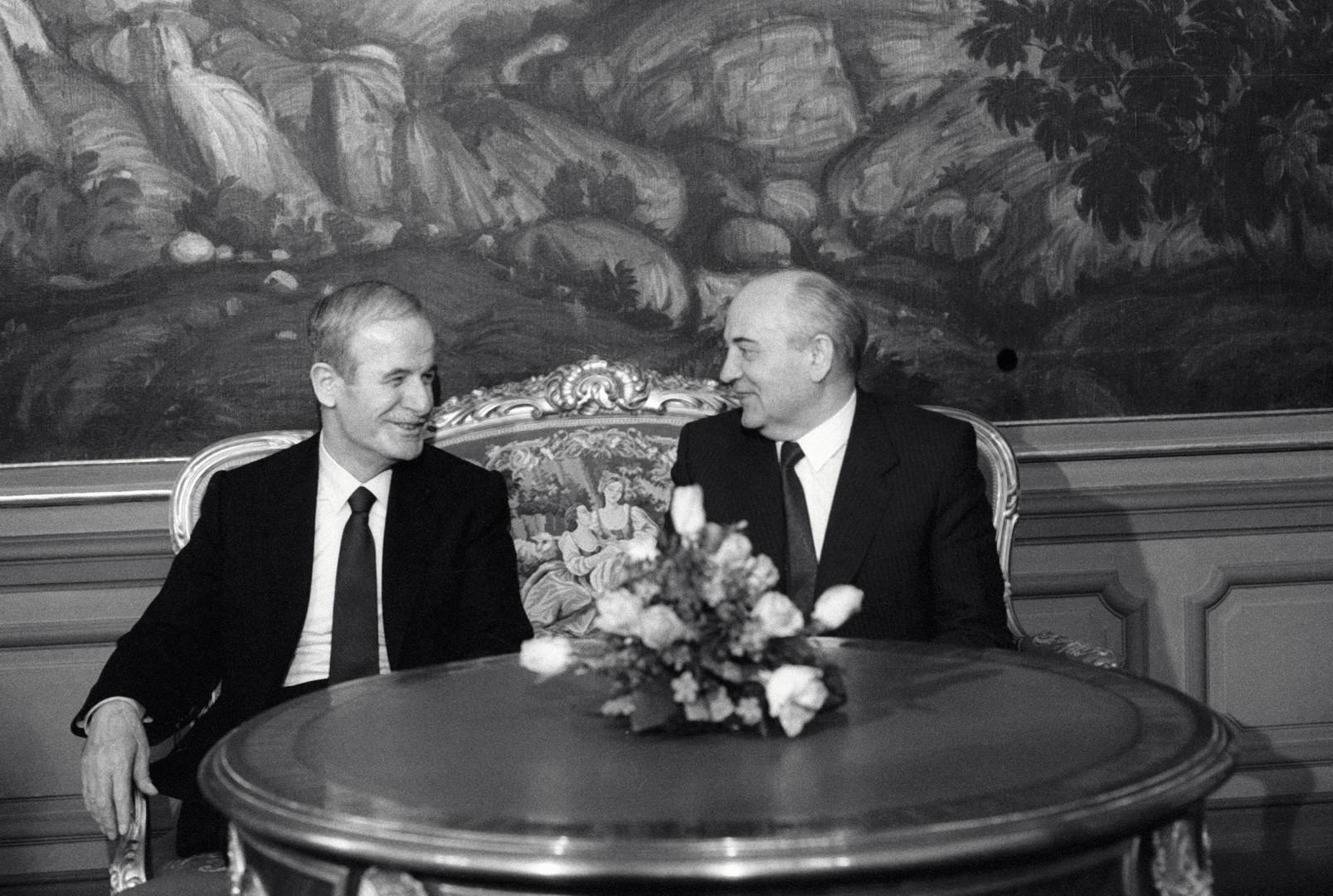 Keine Männerfreundschaft: Hafiz al-Assad und Michail Gorbatschow 1990 in Moskau.