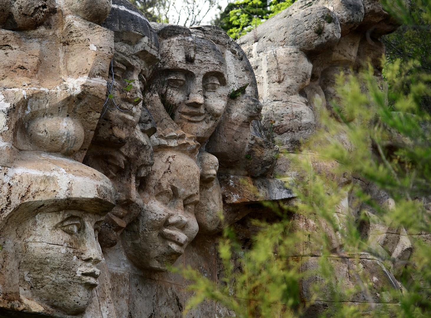 Ernst Neiswestny - Der berühmte russisch-sowjetische Bildhauer stirbt im Alter von 92 Jahren