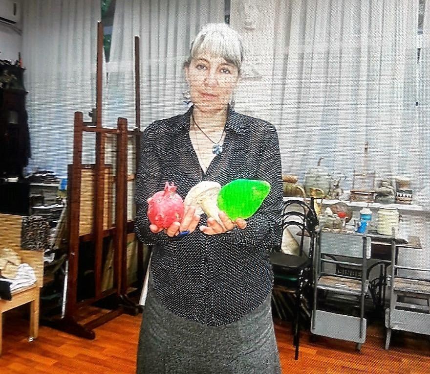 Besuch in der Kunstschule -  Austauschschülerin berichtet RT von ihrem Leben in Russland
