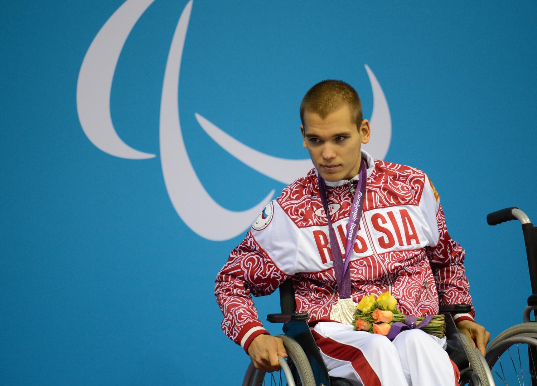 """Schwimmer Dmitri Kokarew bei den ХIV. Paralympischen Sommerspielen in London  """"Ich glaube, jedermann hat Augenblicke im Leben, wo man Verzweiflung empfindet. Aber man weiß, welches Ziel man vor Augen hat, welches Ziel man anstrebt. Sport bedeutet für mich Leben"""", so Dmitri Kokarew."""