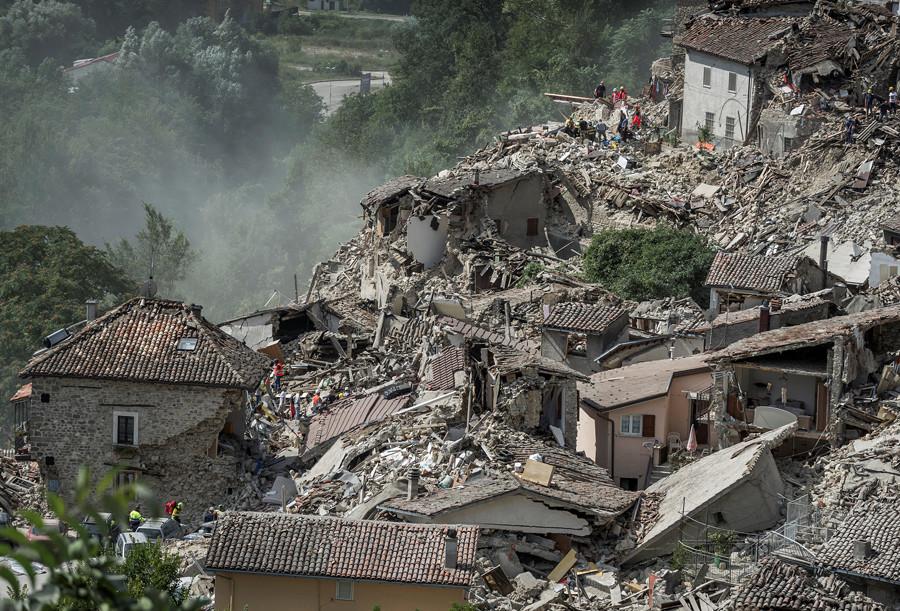 Weltweites Bedauern um Erdbebenopfer in Italien