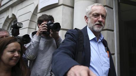 Stark im Machtkampf dank Unterstützung der Basis: Labour-Chef Jeremy Corbyn