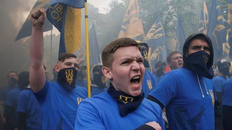 Erhalten tatkräftige Unterstützung aus Schweden: Neonazis des ukrainischen Azow-Bataillon.