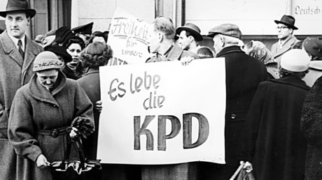 Kundgebung während des KPD-Verbotsverfahrens, Januar 1955.