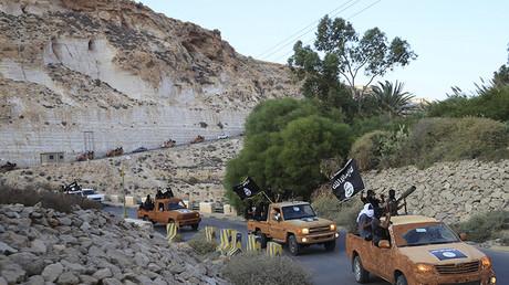 Symbolbild - IS-Wagenkolonne in Libyen, Oktober 2014.