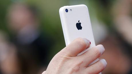 Praktisch im Alltag und auch für Geheimdienste - Smartphones wie das iPhone von Apple.