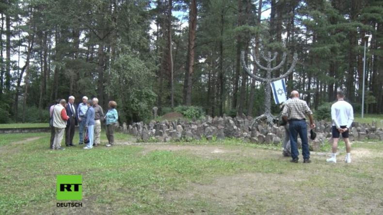 Verurteilter Holocaust-Leugner veranstaltet Zweite-Weltkriegs-Tour durch Lettland und Polen