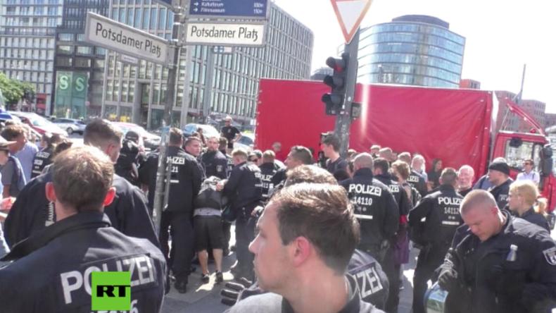 Berlin: Über 50 Festnahmen am ersten Tag des Protest-Wochenendes von Blockupy